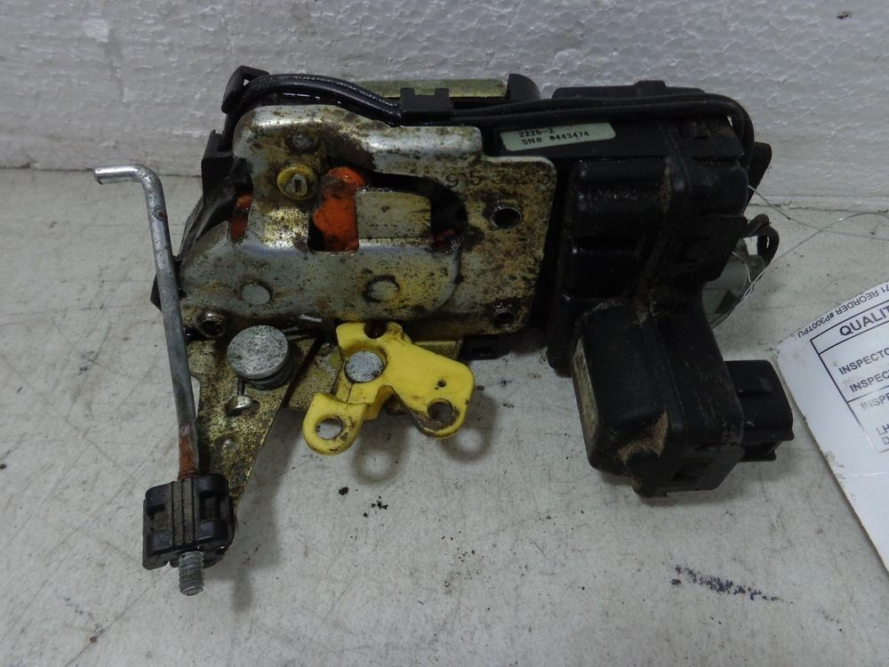 Jeep Liberty Rear Gate Latch Assembly 55360641ae 02 03 04 05 06 07 Jeep Liberty Gate Latch Used Car Parts
