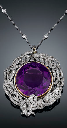 A rare 39.29-carat Siberian amethyst takes center stage in this Belle Époque pendant brooch.