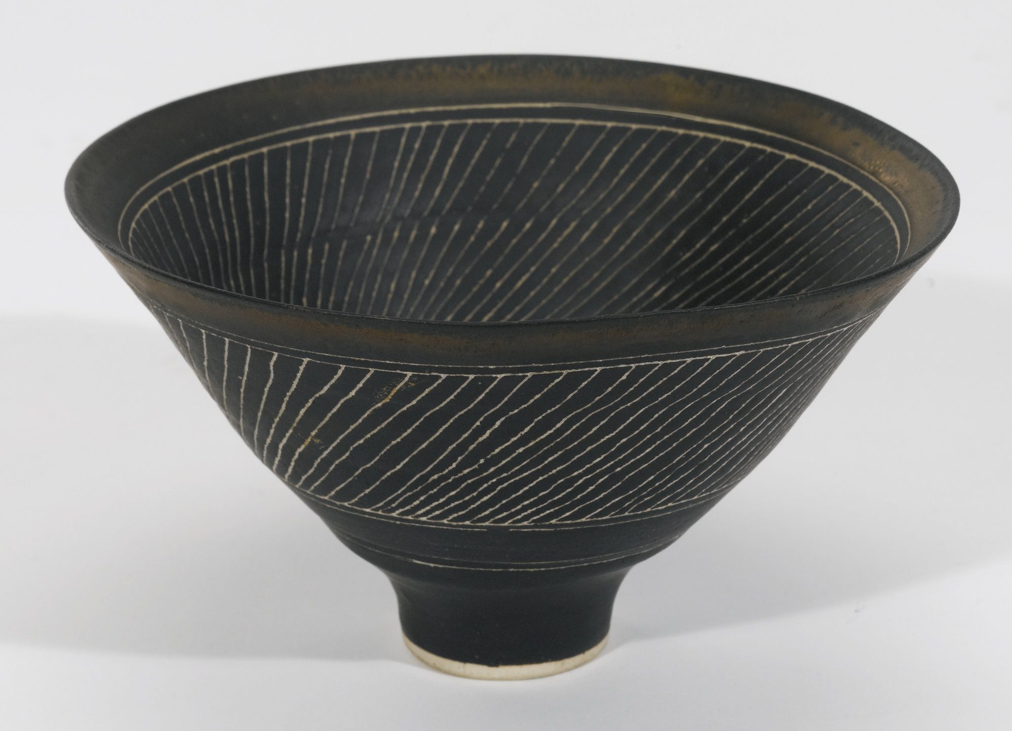 DAME LUCIE RIE 1902-1995 SGRAFFITO BOWL stamped with ...