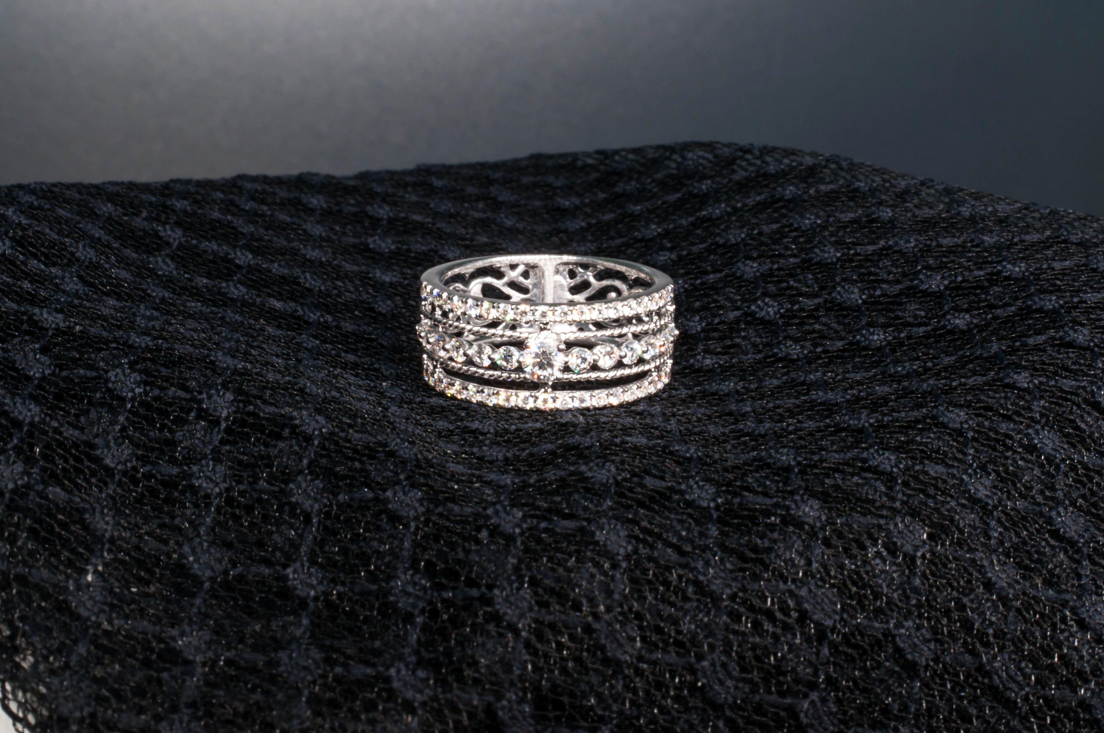 d829dc93346e  JordanJoyeros  fabricantes  joyas  joyeria  jewels  jewelry  sortija  ring   oroblanco  diamante  brillante  mujeres  diseño  diseñamosparati   ...