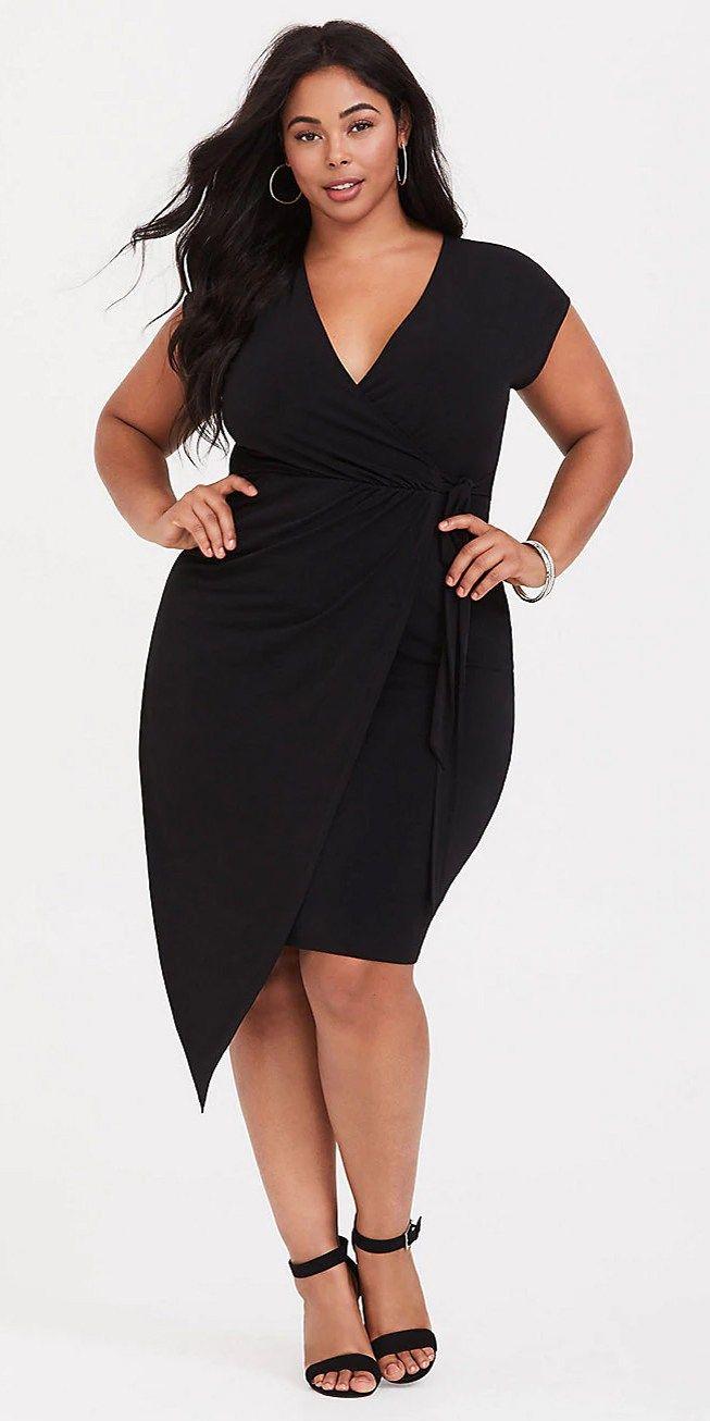 0df3411c696 Plus Size Little Black Dress - Plus Size LBD - alexawebb.com  plussize   alexawebb