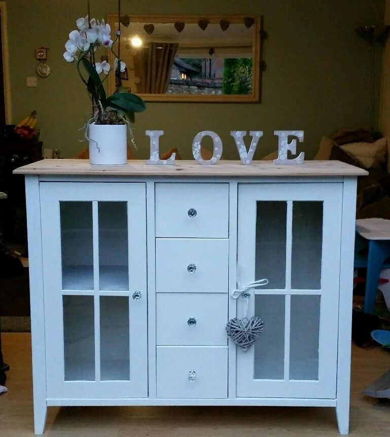 A Very Cute Thin Sideboard! Lots Of Drawers Ideal For Small Storage!  Painted In