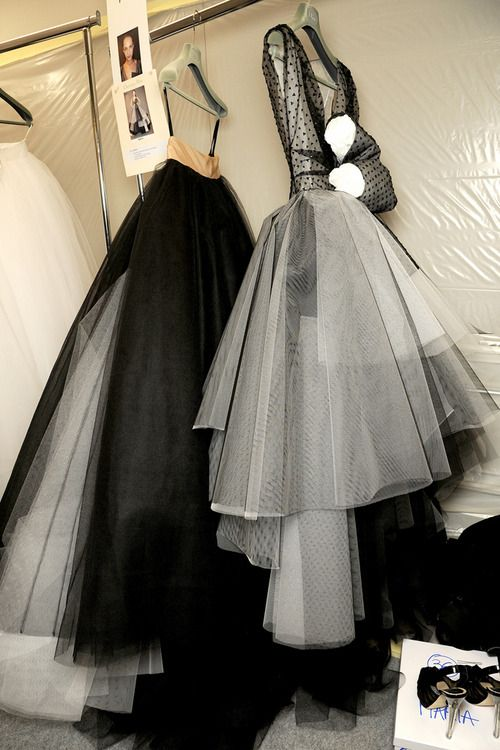 Christian Dior spring 2012 couture backstage - L'extravagance