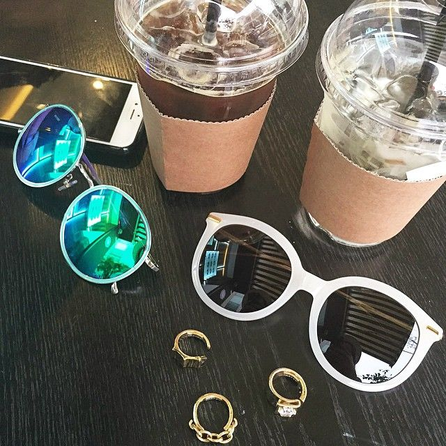 #Coffee Break! Meeting with Benny Oppa Details || : #hipstersunglass #힙스터선글라스 : #geekchicsunglass #긱시크선글라스 | : #carpem