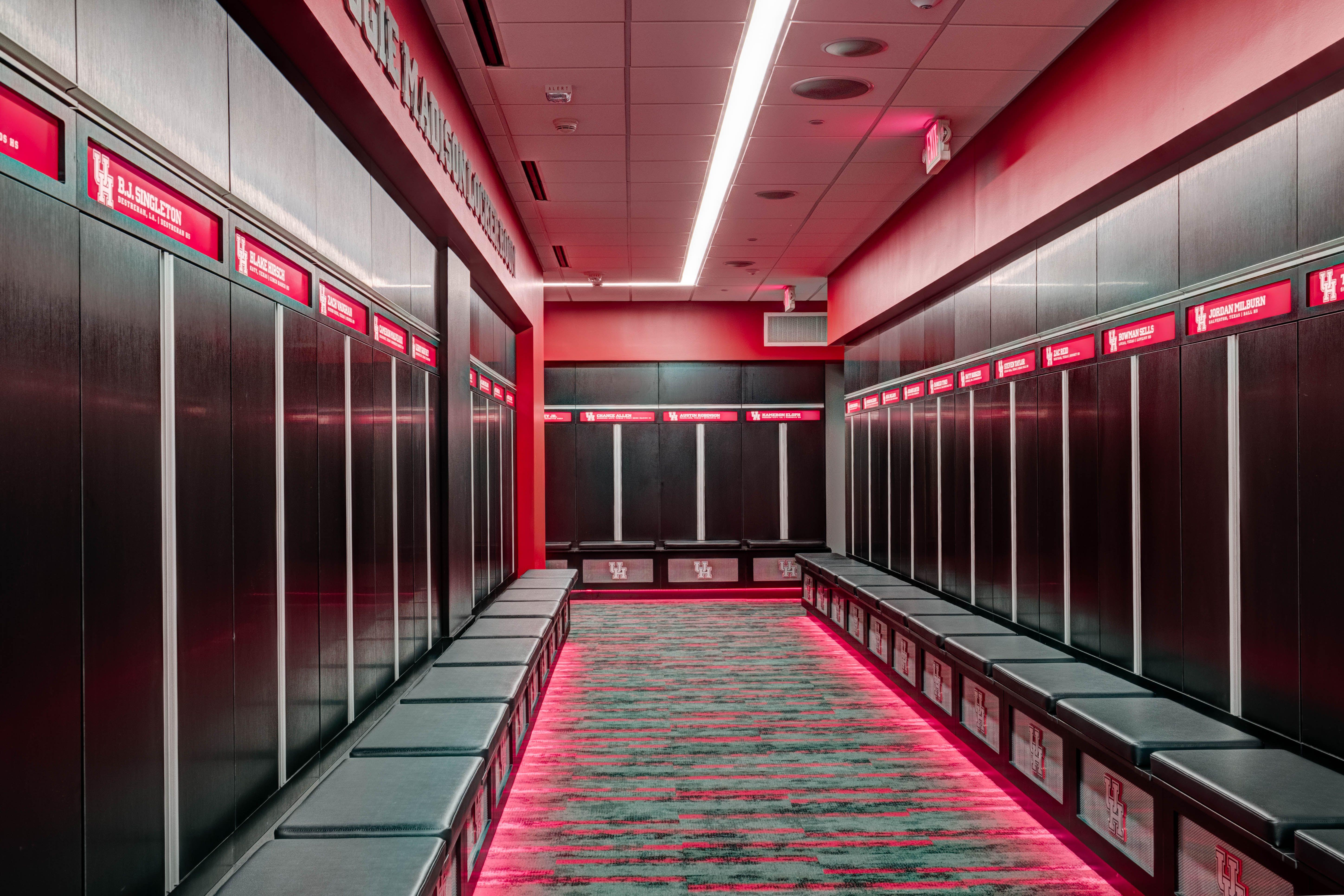 Http Www Uh Edu Facilities Planning Construction News Events Stories 2017 Football Locker Room Jpg Locker Room Lockers Beautiful Interiors