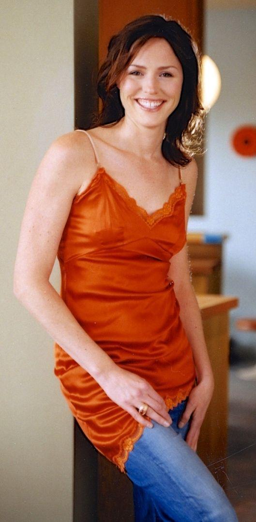 Jorja Fox As Sara Sidle Csi Las Vegas Eric Szmanda Csi Las Vegas Celebrities Female