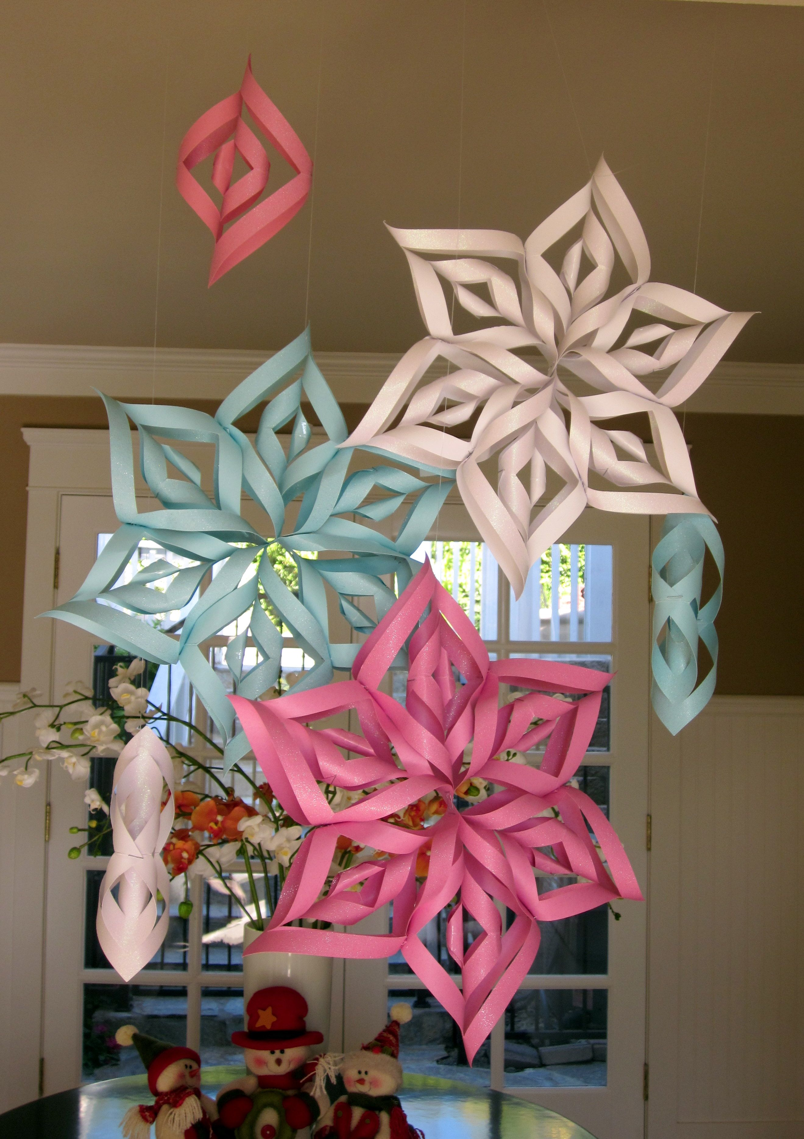 hanging snowflakes 2 639—3 740 pixels