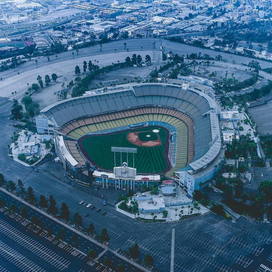 Los Angeles California by @dodgeraerial | CaliforniaFeelings.com #california #cali #LA #CA #SF