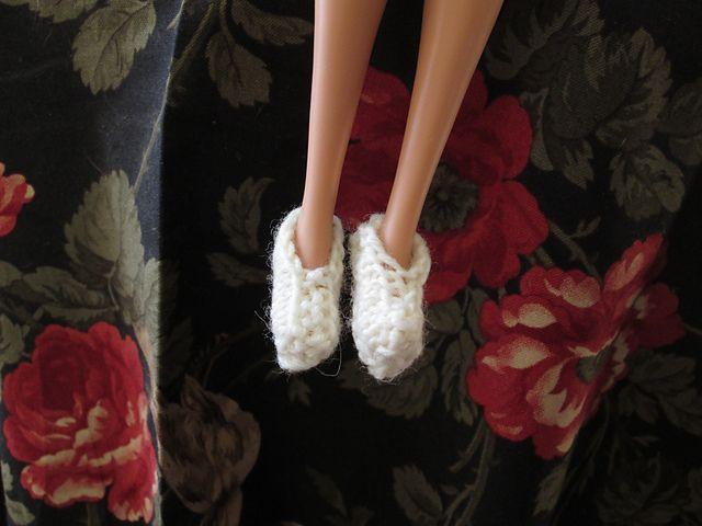 Ravelry: #A15 Slippers pattern by stickatillbarbie.se