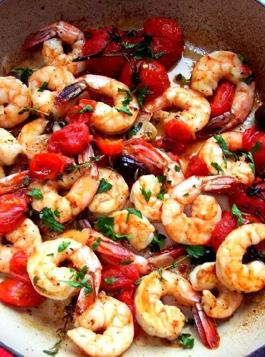 Low FODMAP and Gluten Free Recipe - Shrimp with tomatoes, chili and paprika
