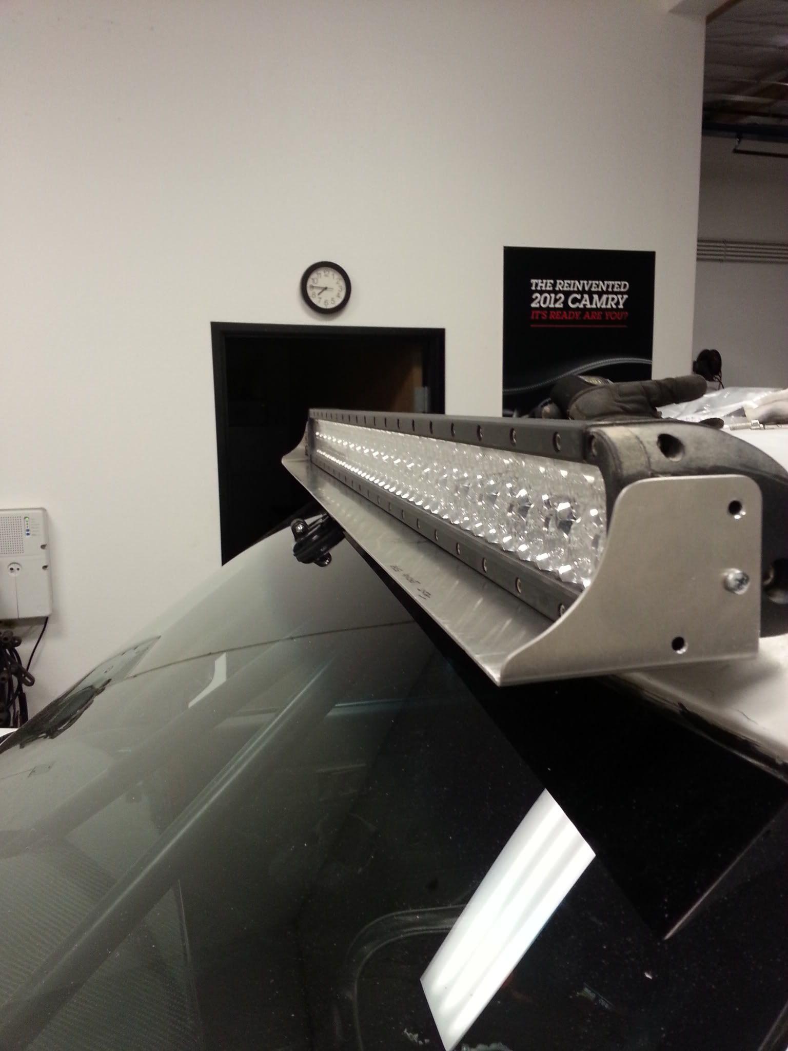 Led Light Bar Glare Elimination By Using Deflector The