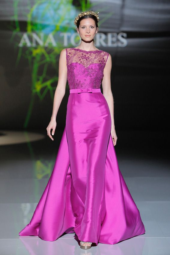 Doce vestidos de pasarela para una madrina espectacular | Pinterest ...