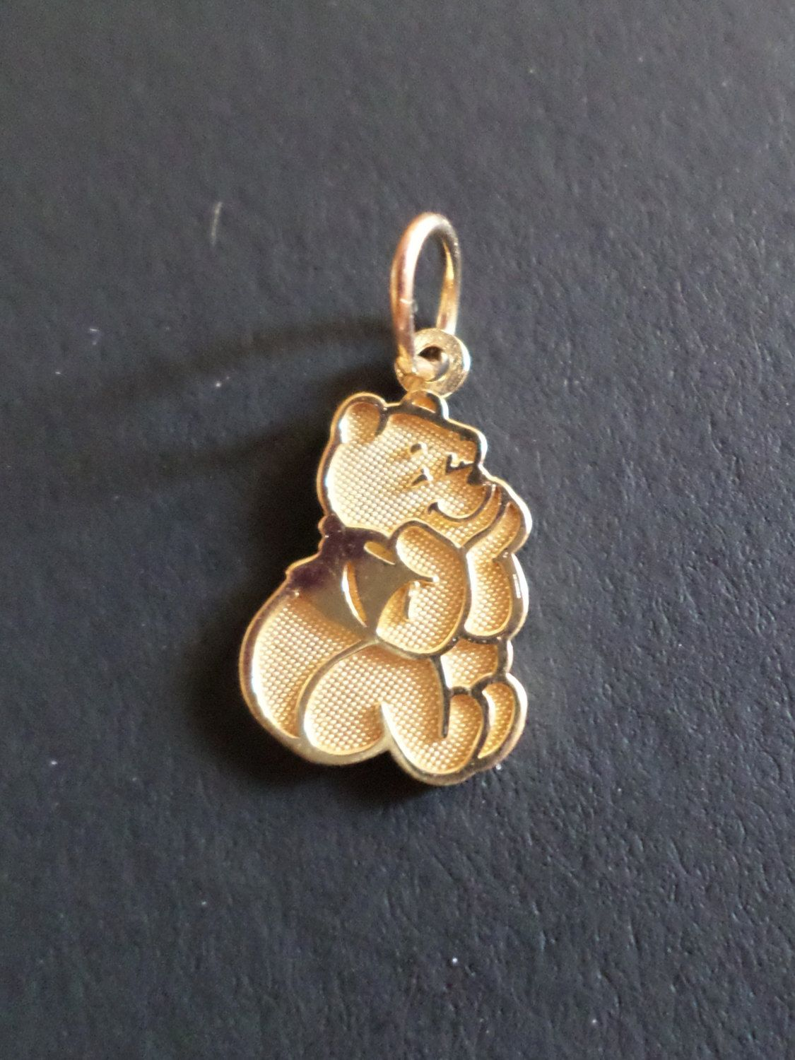 14K Yellow Gold Stamped VD Signed Winnie The Pooh Disney Character Small Pendant By Bestintreasures On Etsy