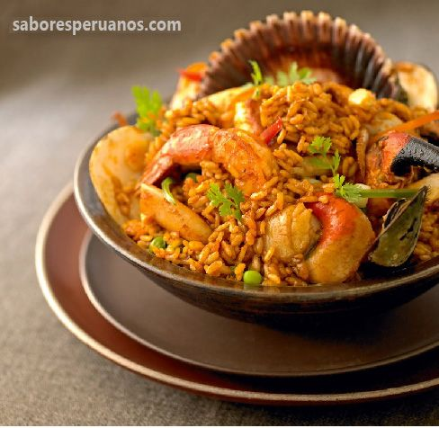 Arroz con mariscos 4 porciones comida peruana peruvian food arroz con mariscos peru ecuador colombia panama rice cooked with tomatoes and seafood forumfinder Image collections
