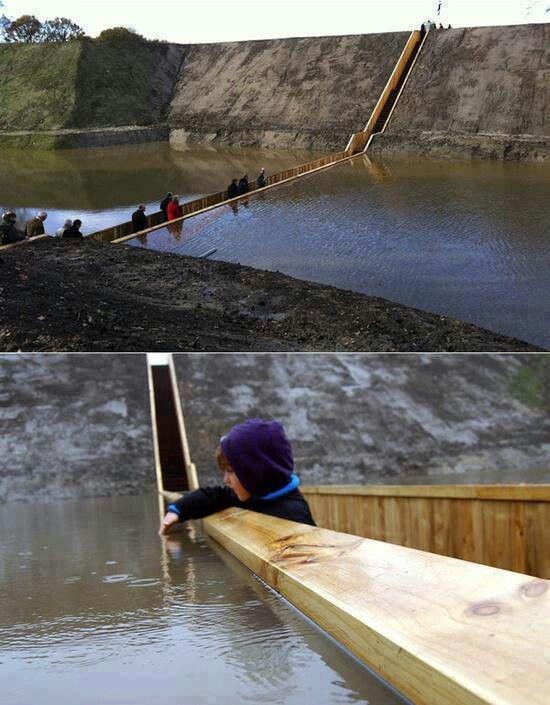 Moises bridge in the Netherlands