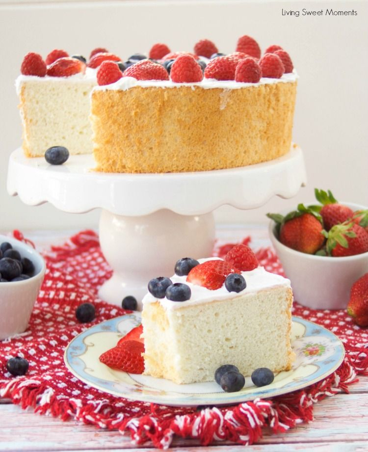 This Delicious Sugar Free Angel Food Cake Recipe Is Super Easy To Make Low Carb And Per Sugar Free Desserts Angel Food Cake Sugar Free Angel Food Cake Recipe