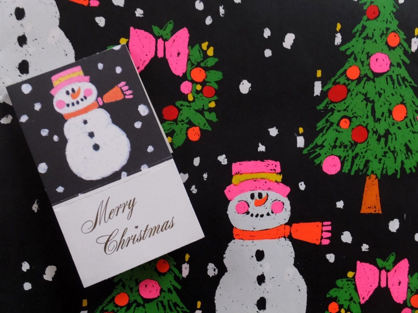 1 Sheet Vintage American Greetings Christmas Snowman Gift Wrapping