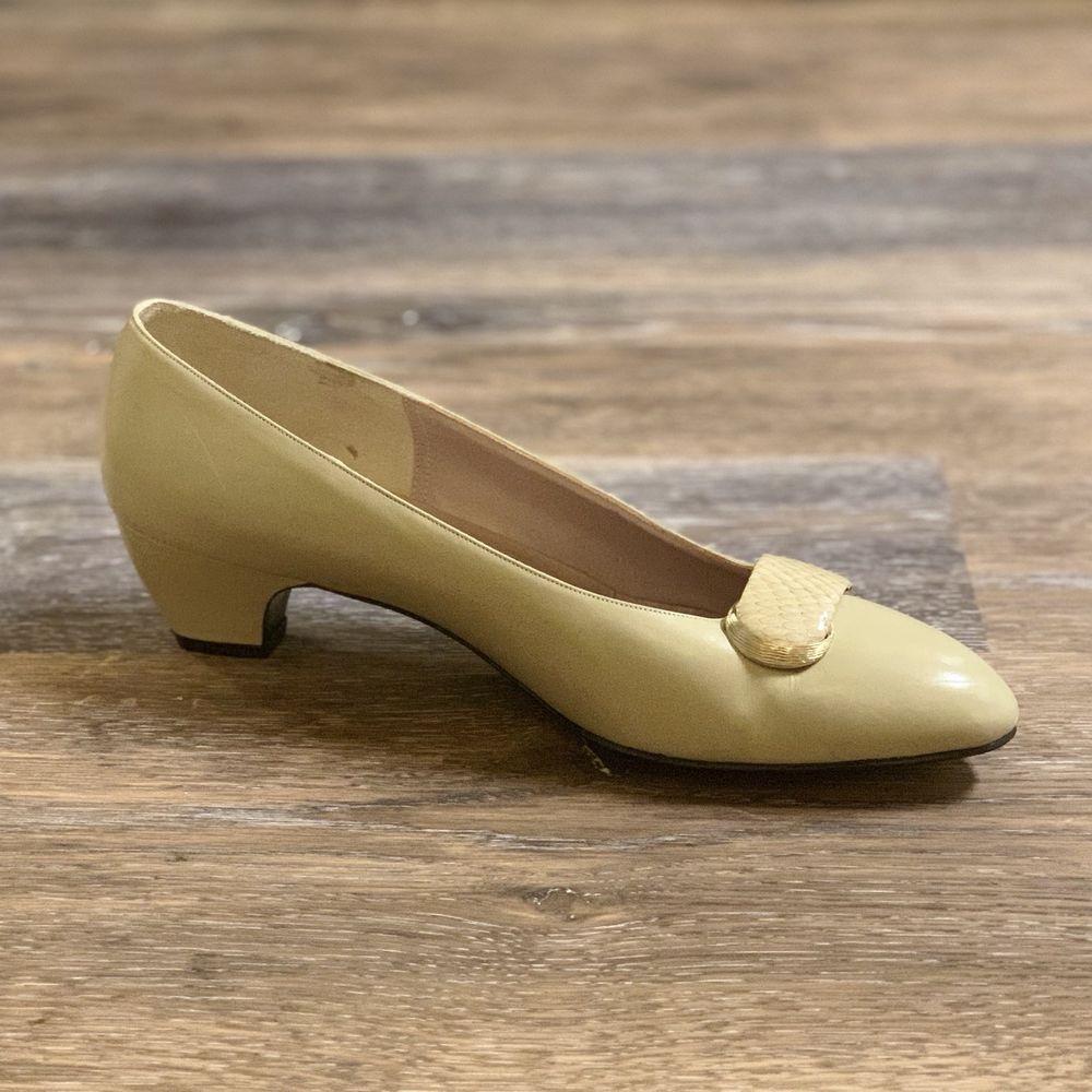 2275c37a545 Delman Women's Tan Leather Low Heel Shoes   Clothing, Shoes ...