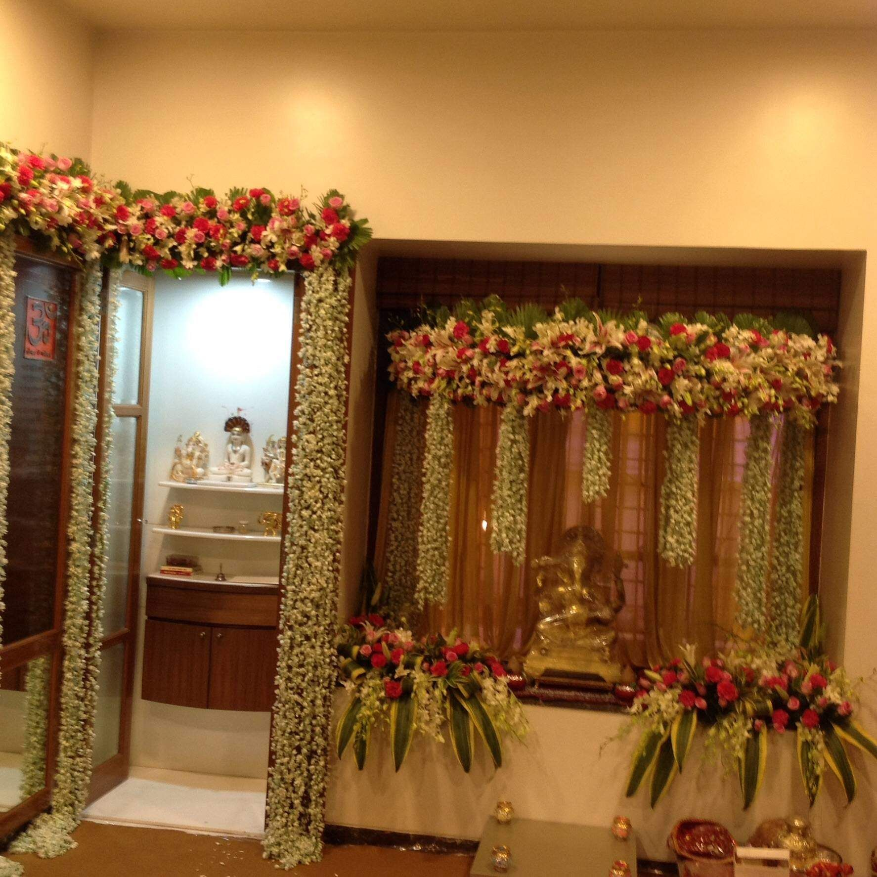 Wedding Flower Decoration Photos: Image Result For Ferns & Petals Decoration Ganpati