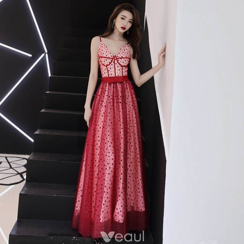 615ba477d8 Modern   Fashion Red Prom Dresses 2019 A-Line   Princess Spaghetti Straps  Sleeveless Spotted Tulle Bow Sash Floor-Length   Long Ruffle Backless Formal  ...