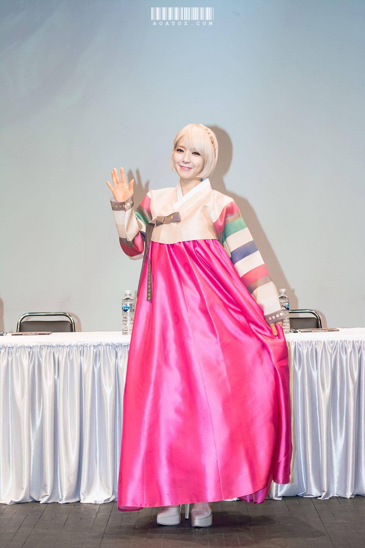 AOA ChoA in Korean Traditional Cloth \'Hanbok\' | AOA | Pinterest