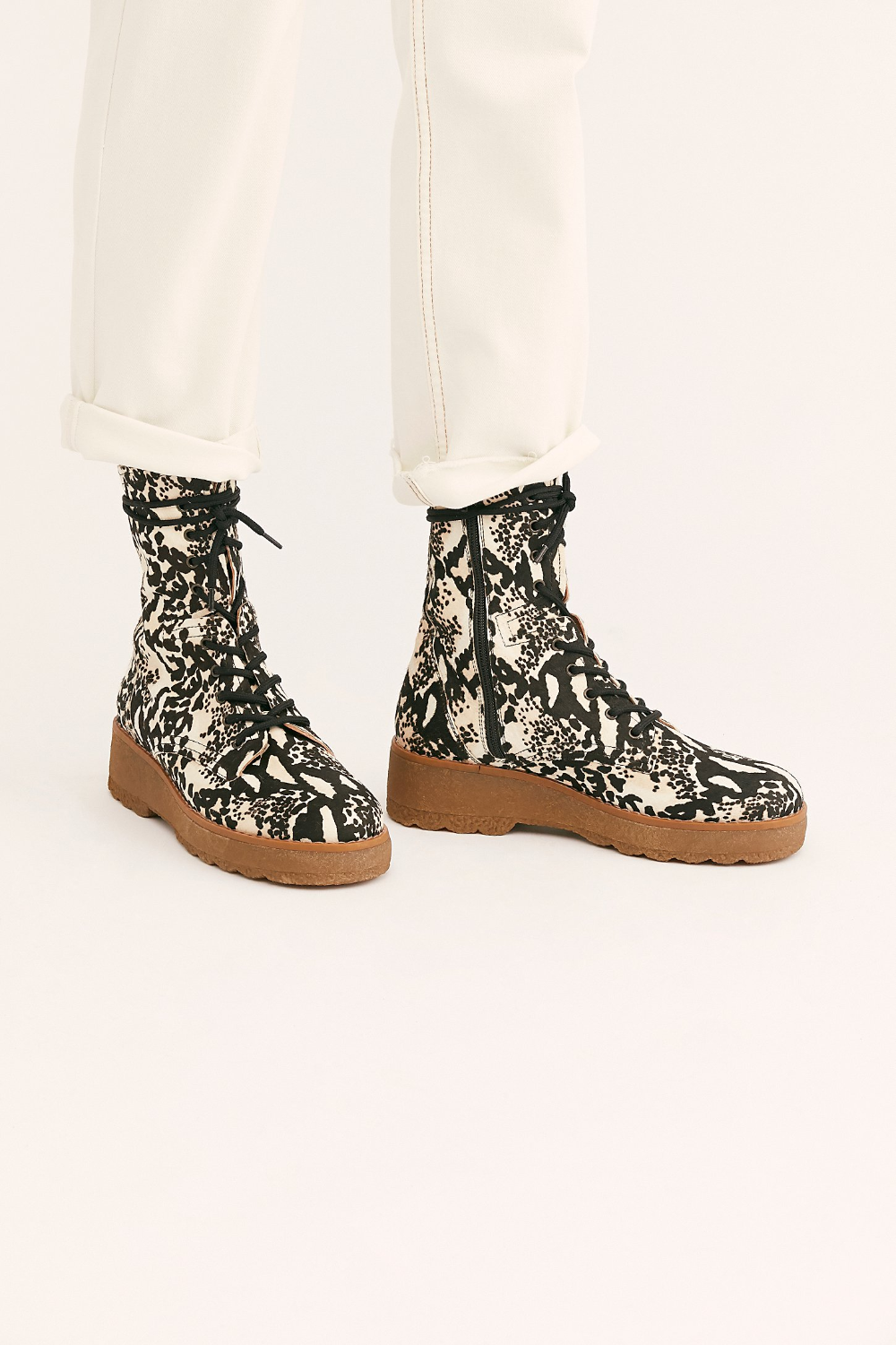 taos lace up boots