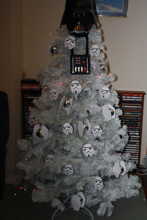 10 Of The Geekiest Christmas Trees Give me Christmas Pinterest