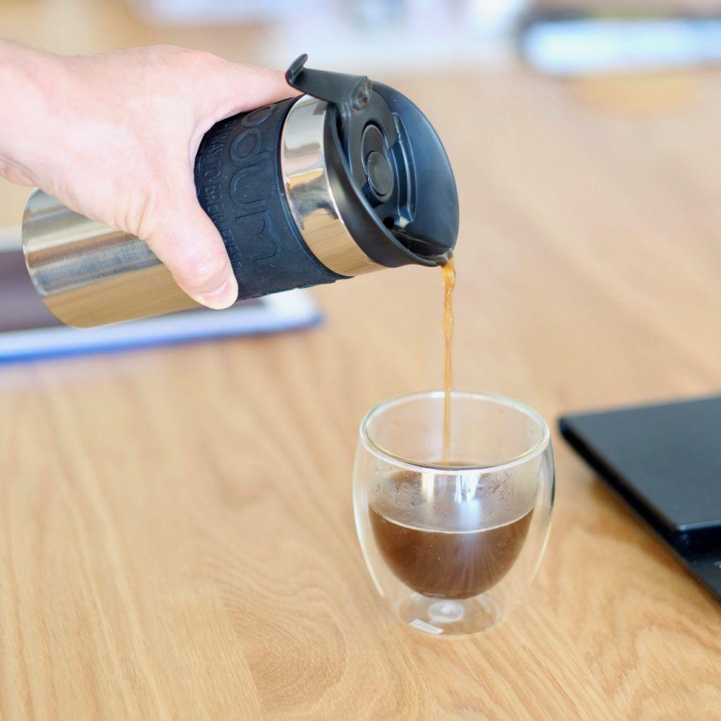 ボダム Bodum トラベルプレス コーヒーの保温ができるタンブラーとしても使える超おすすめグッズ Coffee飲んでスクワット コーヒー ボダム 珈琲