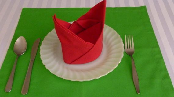 Creative Napkin Folds for Your Holiday Table,  #Creative #folds #Holiday #napkin #Table,  #Cr... #ferientisch