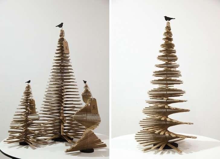 Alberelli Di Natale.Pin Su Alberi Natale Con Giornali