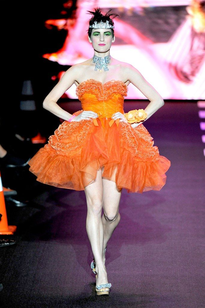 Betsey Johnson Spring 2011 Ready-to-Wear Fashion Show