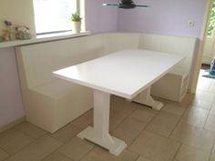Comfortabele keuken hoekbank ontwerp eettafel rond eetkamer