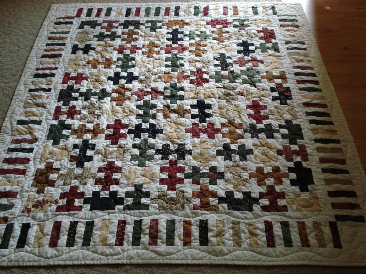 beautiful quilt borders | Puzzle Piece Quilt with Piano Key Border ... : pinterest quilt borders - Adamdwight.com