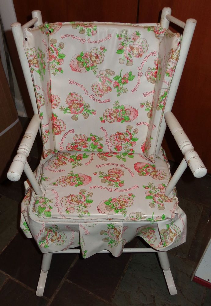 Strawberry Shortcake Rocker Rocking Chair Vintage Wood Childs Furniture  RARE HTF