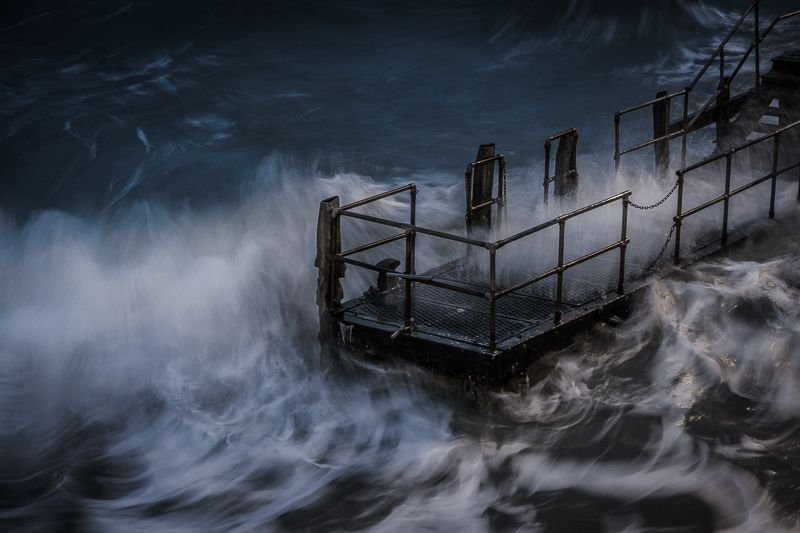 Stormy Landings, Bournemouth, England by Owen Vachell  I went to Bournemouth Beach last night, not expecting to shoot at the pier. There was some pretty rough weather though, so it's where...  https://f11news.com/08/05/2017/stormy-landings-bournemouth-england-by-owen-vachell