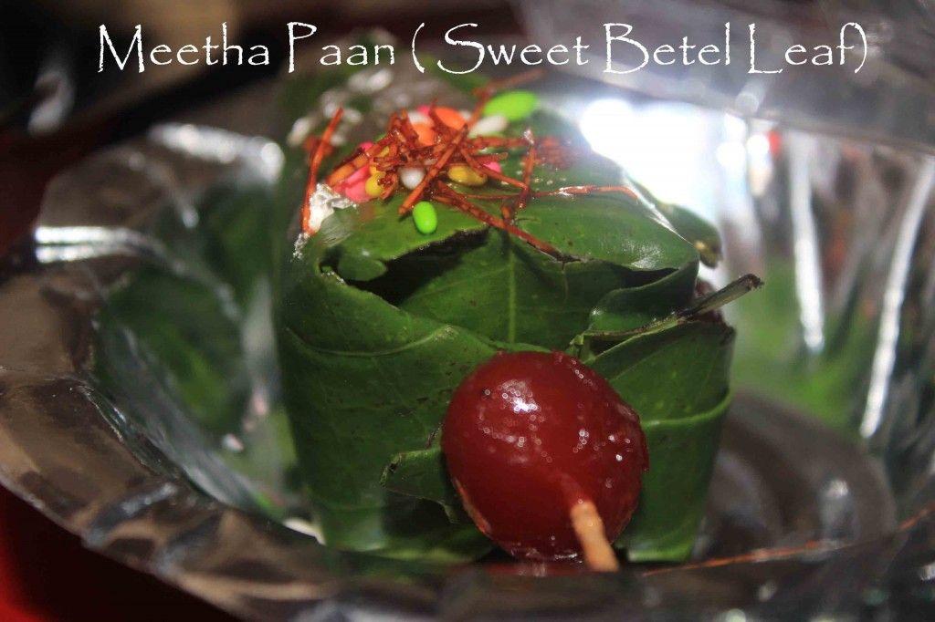 Making To Eating Meetha Paan Sweet Betel Leaf Must To Chew In India Indian Food Recipes Ingredients Recipes Desi Street Food