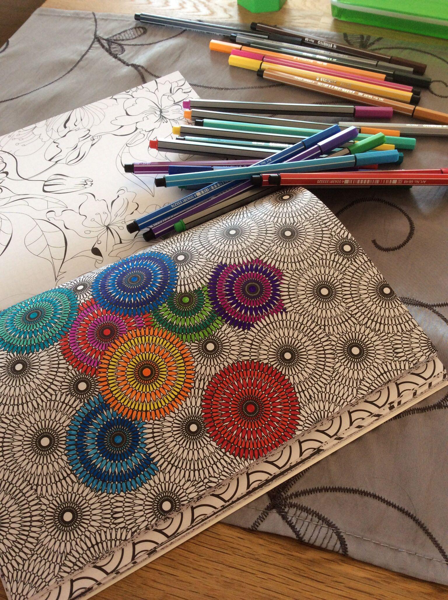 Het Begin Van Mijn Eerste Kleurplaat Uit Het Kleurboek Voor Volwassenen
