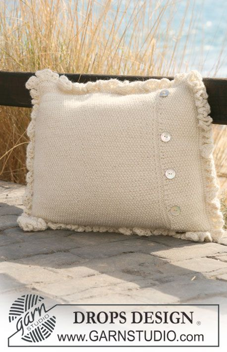 "Knitted DROPS cushion cover with flounce border in 2 threads ""Alpaca ..."