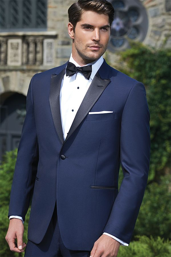 Navy tuxedo with black lapels | Taylor Prom 2017 | Pinterest ...