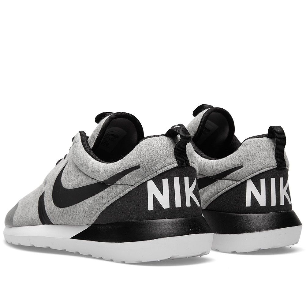 nike tennis shoes wholesale