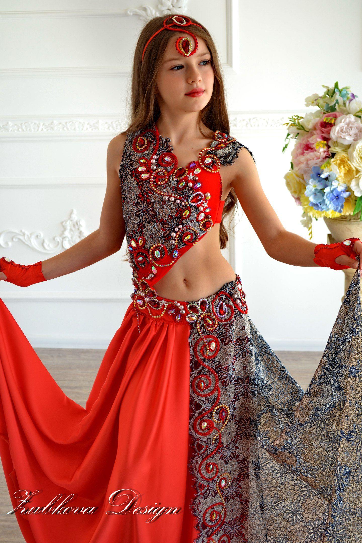 Восточные костюмы девушек