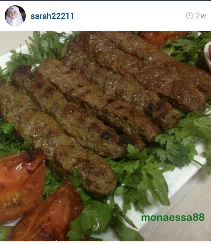 كباب لحم المقادير 4كوب لحم مفروم لا يستخدم اللحم الخالي من الشحم 1بصل متوسط مفروم فرما ناعم 3 فص ثوم مهروس 1ملعقه كبيره ملح Dinner Is Served Dinner Food