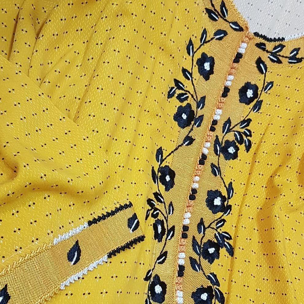 شغل الرندة المغربي للجلابيات On Instagram الرندة الرندا رنده تفصيل خياطة قفطان دراعة مخاوير دريسات توزيعات كشخة الامارات السعودية Fashion Clothes