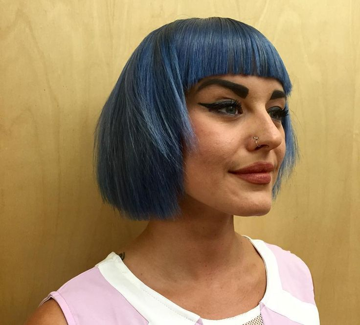 Front Bang Blue Edgy Bob Haircut #edgybob