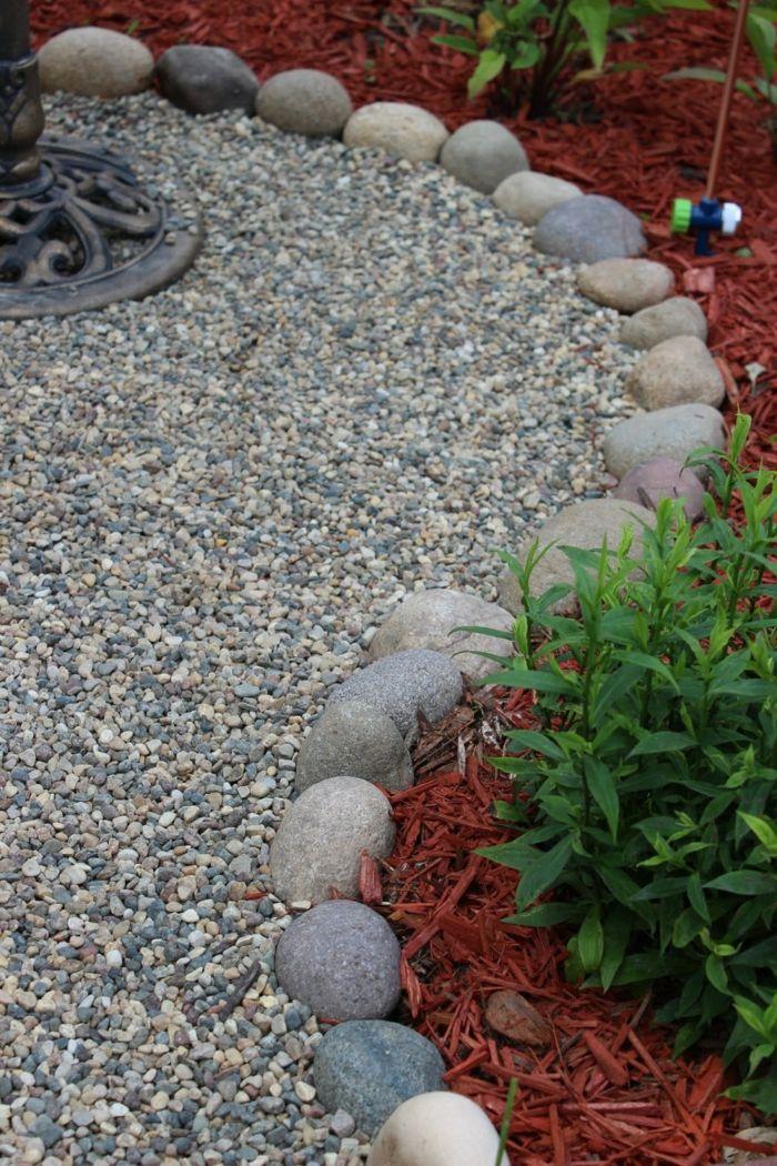 Garten mit Kies ist eine schöne Lösung für den Außenbereich - kies garten gelb