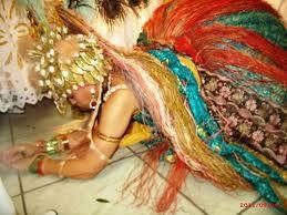 Ewá:  O Orixá Ewá é uma bela virgem que Xangô se apaixonou...