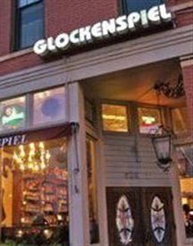 The Glockenspiel Saint Paul S German Restaurant 605 West Seventh Street Mn Http