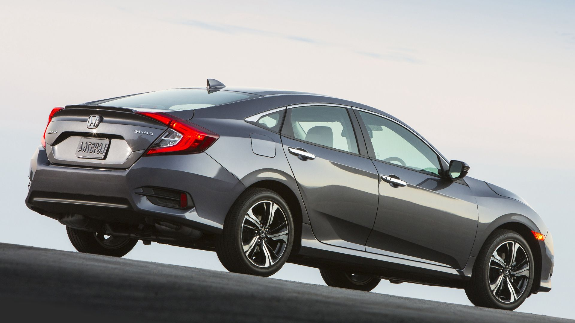 2016 honda civic hatchback 車