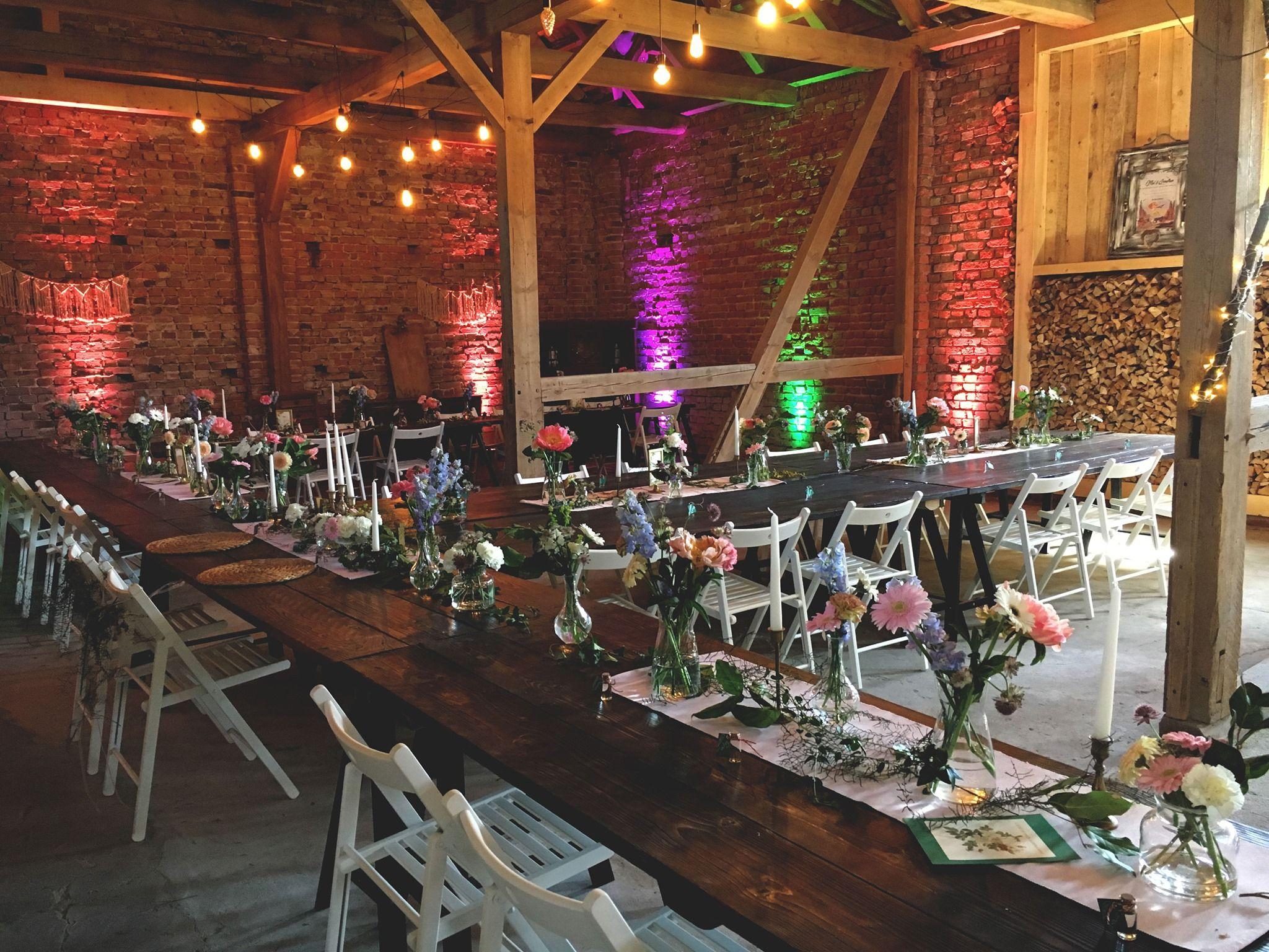 Landhochzeit Boho Vintage Weddings Hochzeitsscheune Glucksburg Heiraten In Der Natur Hochzeit Berlin Boho Vintage Hochzeit Bauernhof