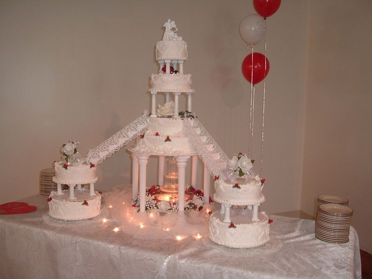 Bridge Wedding Cakes With Fountains Decorative Bridges For Cakes